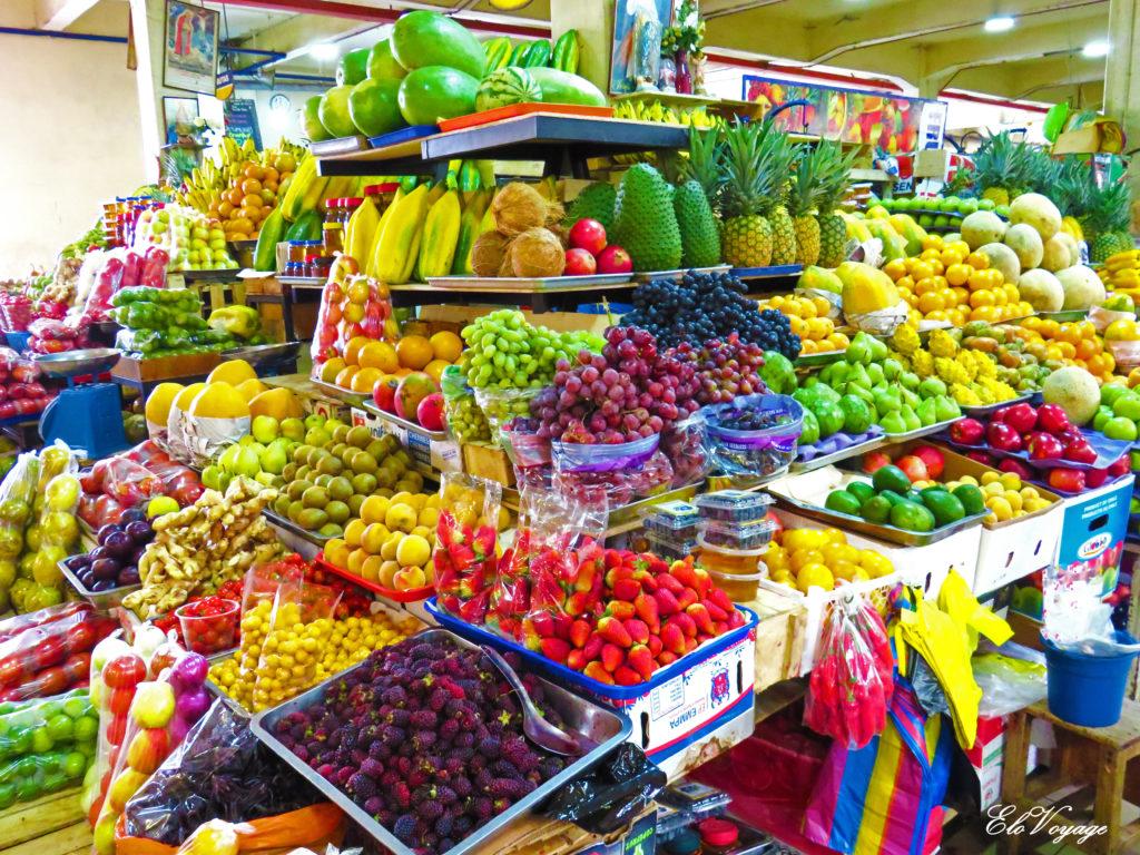 marché aux fruits à Cuenca