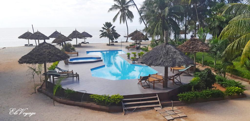 hôtel sur la plage à Zanzibar Smiles Beach Hotel