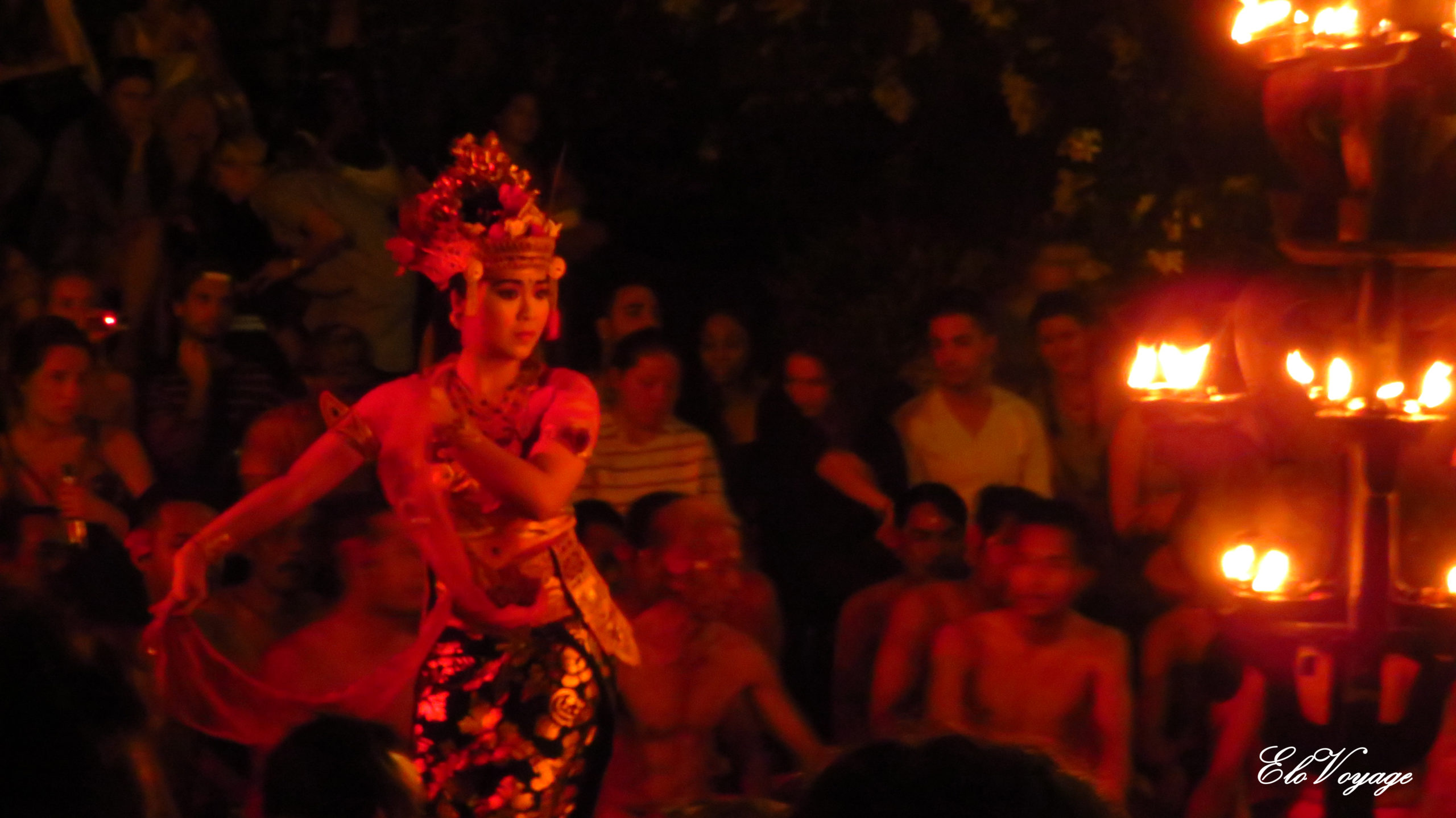 danseuse balinaise kecak dance ubud