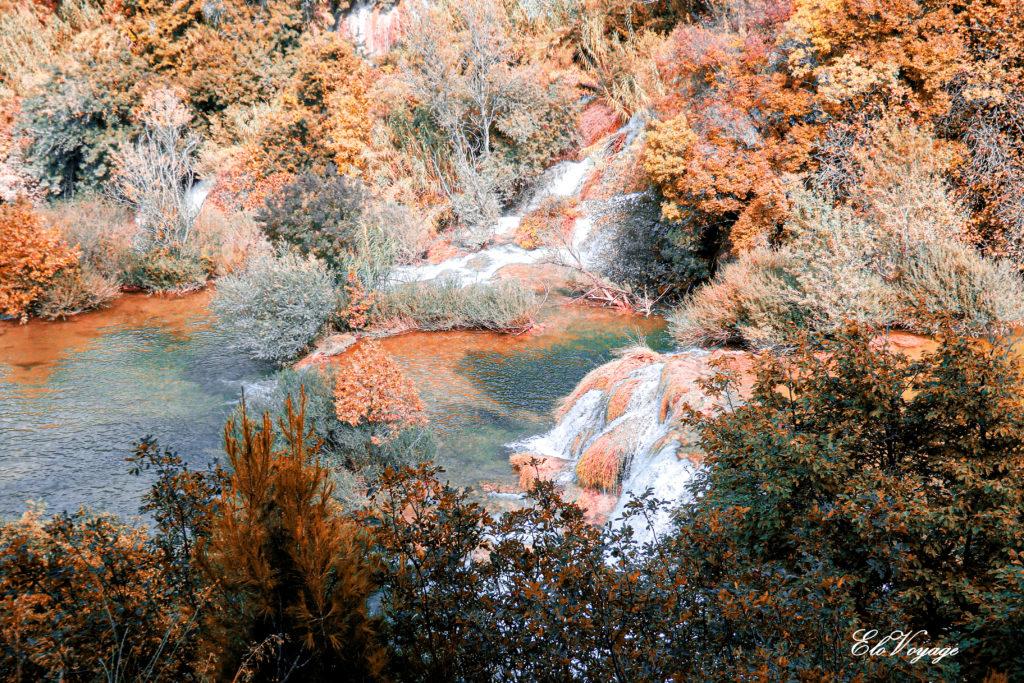 vue aérienne krka croatie chute d'eau