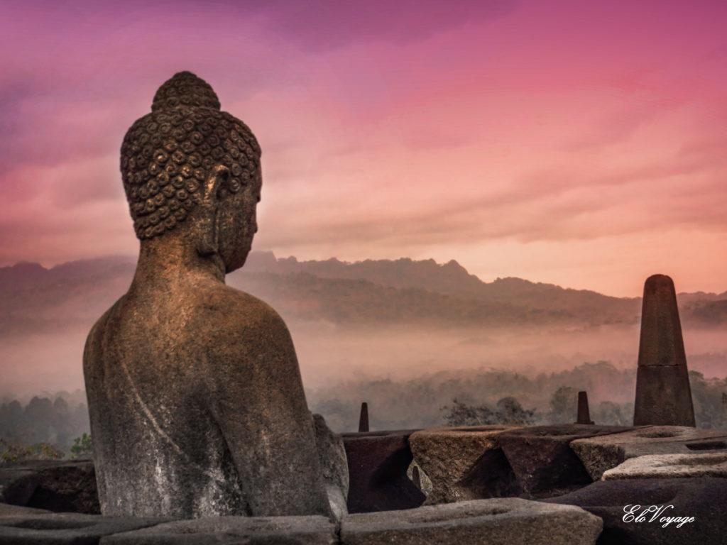 Lever de soleil à Borobudur, Yogyakarta, Java