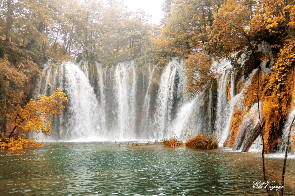 lac plitvice croatie chute d'eau